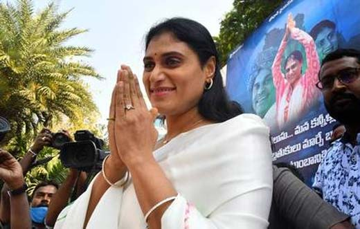 who is behind ys sharmila party in telangana