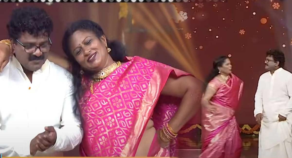 Lyricist Chandrabose Wife In Swamy Vari Sambaralu