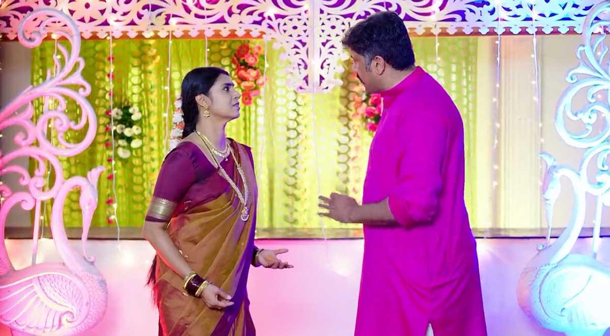 Intinti Gruhalakshmi 14 Oct Today Episode : లాస్య విషయంలో నందుపై జీకే సీరియస్.. అక్షరకు శృతి ప్రేమ గురించి తెలిసేలా లెటర్ రాసి పంపించిన ప్రేమ్